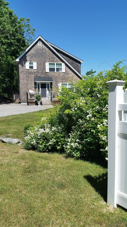 cottage for min at oguquit dunelawn ogunquit cottages of within walking rental townhome downtown in to front maine condominium condominiums end exterior unit fabulous rent
