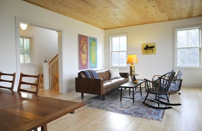 Photo for Serene Woodstock 3 bedroom cottage with sweeping mountain views