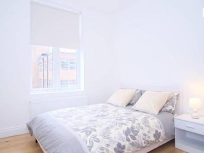 Photo for BRAND NEW - 1 BEDROOM APARTMENT IN FULHAM BROADWAY