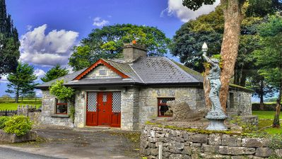 Photo for Authentic Irish stone cottage, 30 mins from Galway. Wifi. Parking. Sleeps 6.