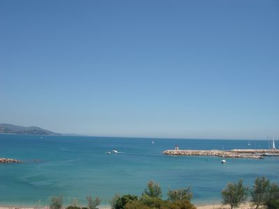 Photo for Superb apart. 80m2 / Mint / 3 guestroom./ Waterfront / Sea View at 180 ° / Wifi / Parking