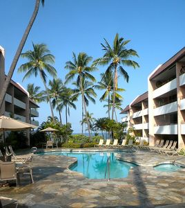 Photo for Kona Ocean View - Easy Beach Access