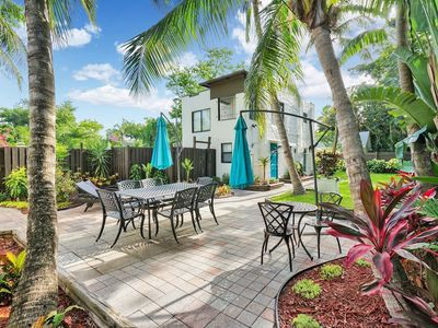 Photo for 551/1307 full · Tropical *Escape* - 4 separate Apartments!!