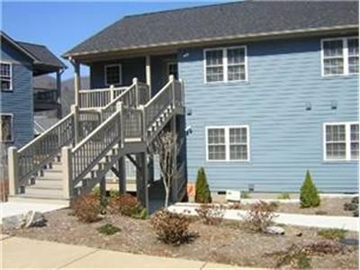 lake junaluska singles 36 homes for sale in lake junaluska,  with point2 homes, you can easily browse through lake junaluska, nc single family homes for sale, townhouses,.