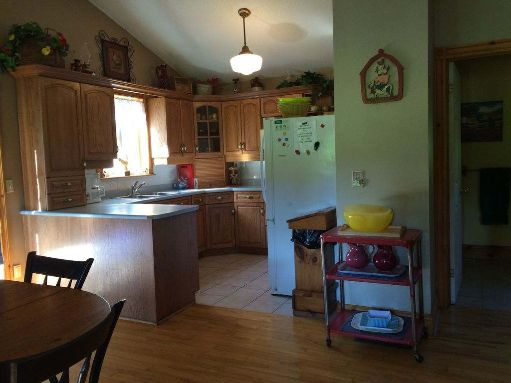 Secluded Country Cottage -  central to Collingwood, Blue Mountain and Wasaga Beach