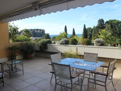Photo for Very nice apartment in a residence, 5 minutes walk from the port