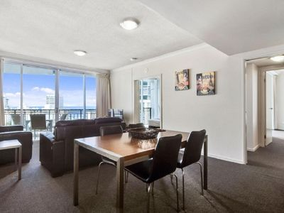 Photo for 2 bedroom, 12th floor central to Surfers! 3125