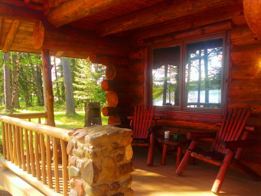 Superior Log Hideaway Secluded Log Cabin On Pristine