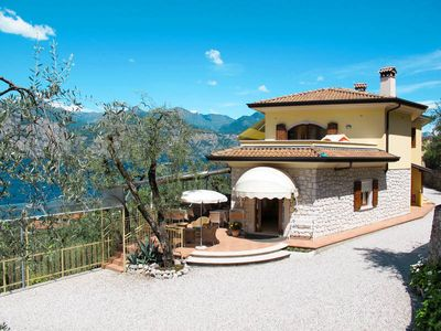 Photo for Apartment Casa Maria  in Assenza di Brenzone, Lake Garda/ Lago di Garda - 6 persons, 2 bedrooms