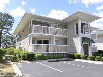 Lakefront & Just Steps To Beach! New Rental + Great Location + Pool!