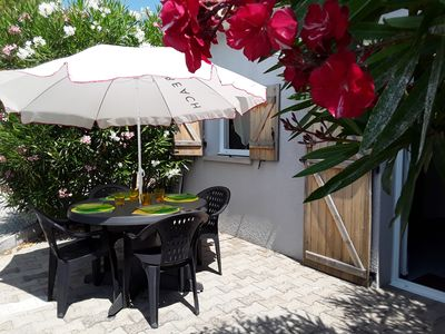 Photo for MEZE T2 + CABINE 34 M2  PROXIMITE PLAGE