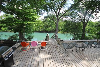 MAVERICK'S RIVER HAUS & GUEST HAUS - a SkyRun Texas Property - Convenient Guadalupe River Access from the Backyard