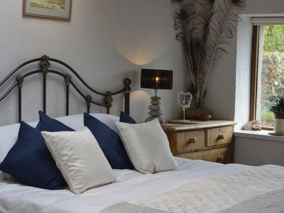 Photo for BEUDY BACH Cottage with Hot Tub & Gym. Near Zip World..Snowdonia.Pet friendly