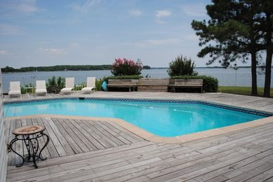 Private Pool and Panoramic Views of Tred Avon and Choptank Rivers