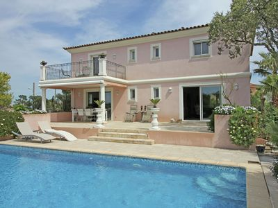 Photo for Luxury Villa in Fréjus with Private Swimming Pool