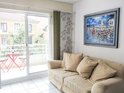 Photo for Lovely apartment for 4 people with WIFI, TV, balcony, pets allowed and parking