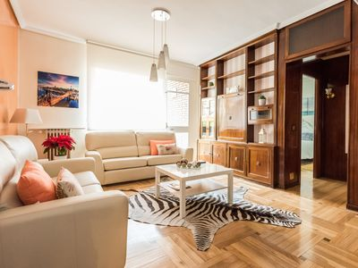 Photo for 4 bedroom apartment for 7 people in the center of Madrid.