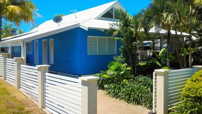 Photo for Port Hinchinbrook Beach House (Mountain side)