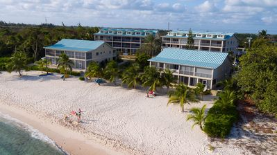 Photo for Vitamin Sea - Beachfront and Ground Floor at Coral Bay Village