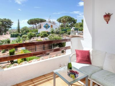 Photo for Apartment in Lloret de Mar with Internet, Pool, Terrace, Garden (460590)