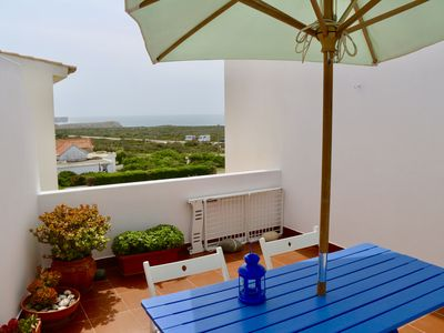 Photo for AZUL apartment with sea view terrace 100m from Beliche beach - Wifi