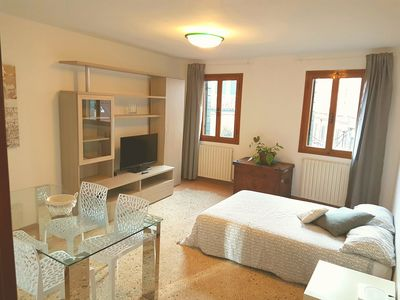 Photo for New Rachel2 85m2 10 min Rialto Fast Wifi 2 rooms 1 living room 1 kitchen
