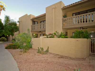 Photo for Chapparal Villas Second level 2 bedrooms / 2 bathrooms - Old Towne Scottsdale