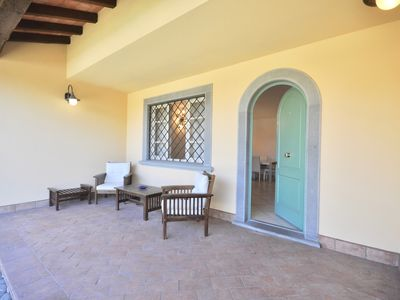 Photo for Last Minute: Villa Forte dei Marmi, wifi, air conditioning, ideal group of friends