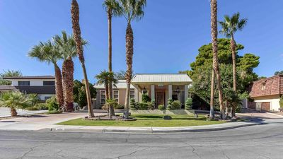 Photo for 5BR House Vacation Rental in Las Vegas nv, Nevada