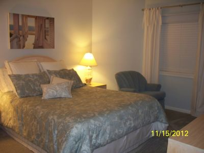 queen bed in master bedroom