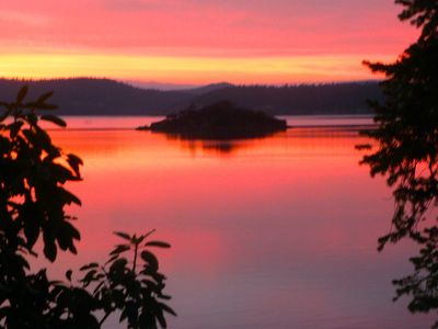 Photo for Waterfront retreat - birdwatching, kayaking, relaxing, getaway.