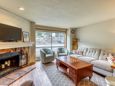 Photo for Ski-in/ski-ou, hiking and biking out your front door w/breathtaking ski views!