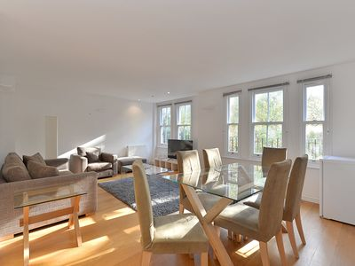 Photo for Spacious 3 Bedroom Flat in the Heart of Kensington