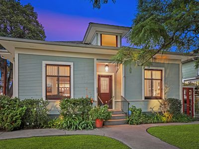 Downtown Villa - Perfect Location in Downtown Santa Barbara!