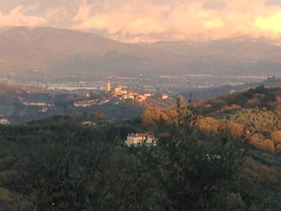 Photo for Villa overlooking the Tuscan hills