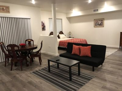 Fully Furnished Apartments near Hollywood - Van Nuys