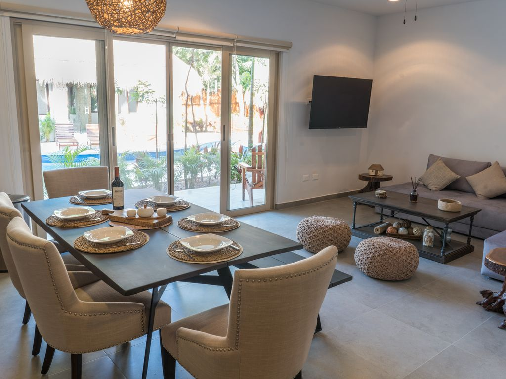 New eco chic condo 5 minutes to the beach homeaway