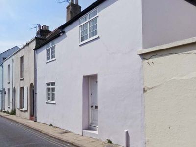 Photo for SEASHELL COTTAGE, family friendly, with open fire in Deal, Ref 25119