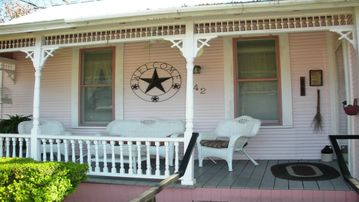 best homes for rent in garden ridge tx. EXCEPTIONAL HOME  CHARMING VICTORIAN WALK TO SCHLITTERBAHN RIVER DOWNTOWN Top 50 Garden Ridge TX vacation rentals reviews booking VRBO