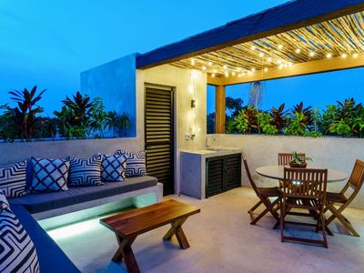 Photo for Charming 1bdr PH @ Suk-Ha - ROOFTOP + amazing common areas!