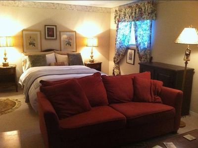 Photo for Royal, Luxury Guest Suite ★ Niagara on the Lake