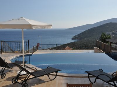 Photo for Centrally Located Three bedroom Apartment. With Infinity Pool and Great Sea View