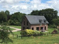 Very comfortable and tastefully converted barn in the beautiful Normandy countryside
