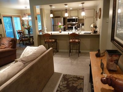 Photo for Inviting River Run Condo Easy Walk to Lodge/Lifts or town; Ketchum / Sun Valley