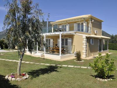 Photo for Luxurious villa with pool and garden, wifi, 10 persons | Halikounas, Corfu