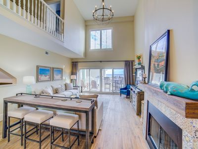 Photo for Fall/Winter Special! 10% OFF on this gorgeous 3 bd/3 bth town home!