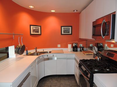 Photo for Updated and Newly Furnished Trolley Square Home 3bd/2ba
