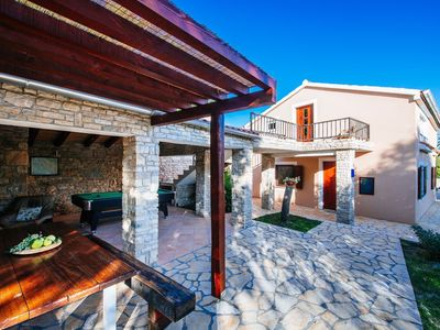 Photo for Lovely holiday home with private pool, home gym, traditional tavern, stone BBQ