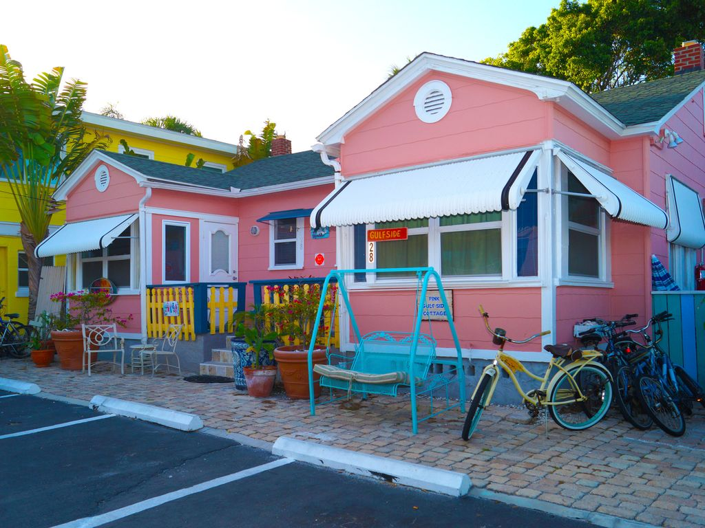 Pink Dolphin Cottage Free Use Of Capt Al S Bicycles