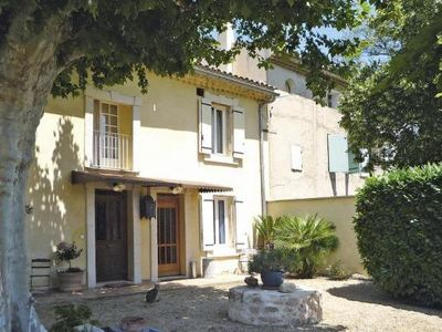 Photo for Semi-detached house, Noves  in Bouches - du - Rhône - 6 persons, 2 bedrooms